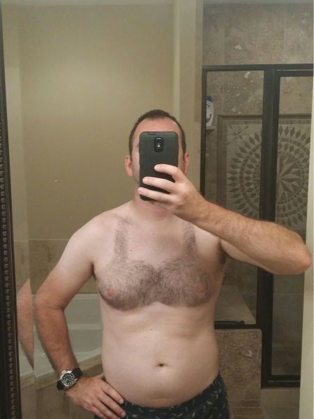 bra,body hair,poorly dressed,shaving,chest hair,selfie