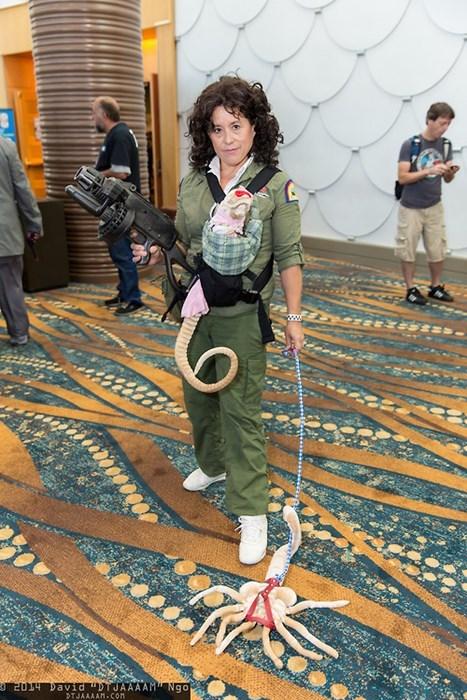 Aliens cosplay face hugger Ellen Ripley - 8279889920