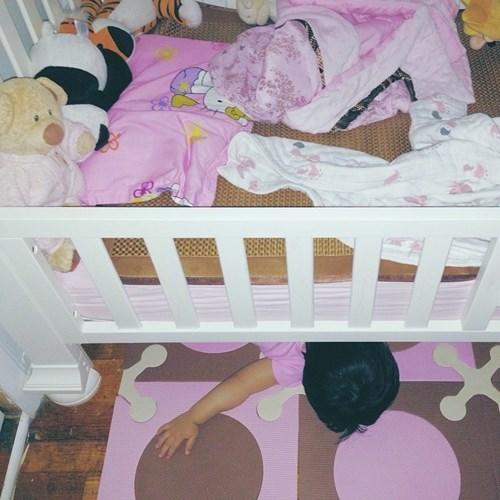 kids parenting sleeping - 8289005824