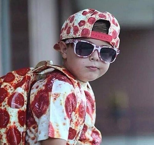 sunglasses,poorly dressed,pizza,t shirts,matching,hat,backpack,g rated