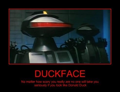 robots duckface funny - 8289366784