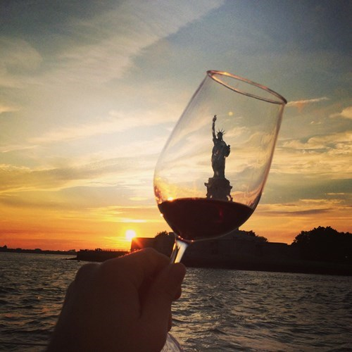 alcohol wine Statue of Liberty - 8291430400