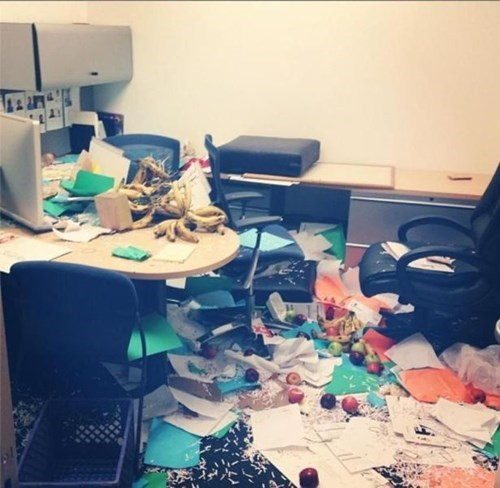 monday thru friday coworkers mess cubicle - 8294117120