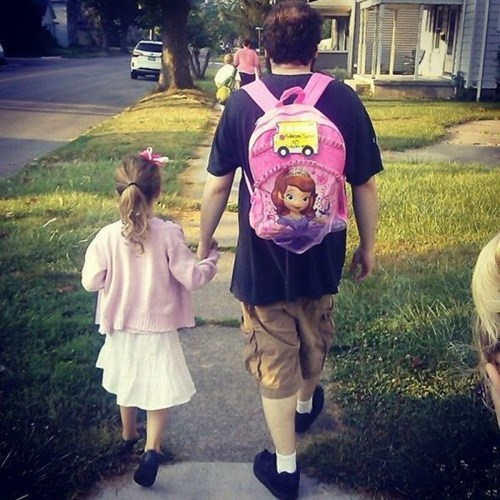 school,kids,sofia the first,parenting,dad,daughter,backpack