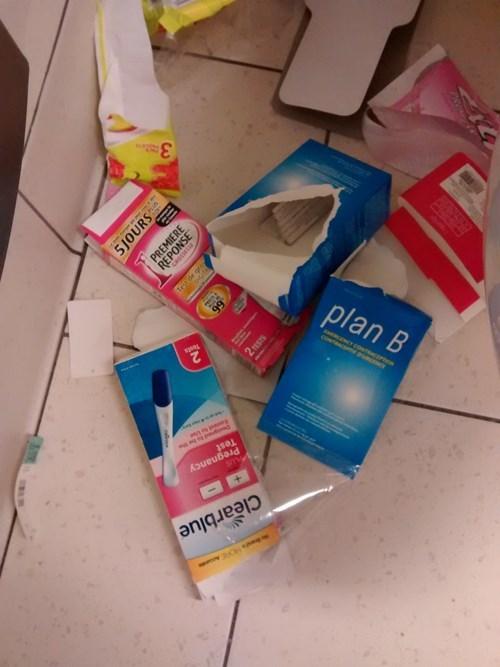 plan b pregnant ladies funny - 8295462912