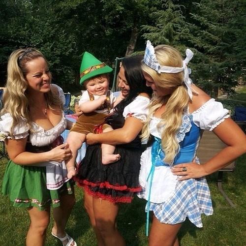 Babies,beer,kids,ocktoberfest,funny