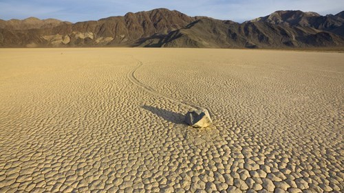 rocks,death valley,science,earth