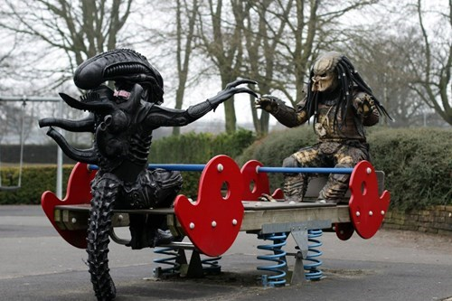 alien vs predator,Aliens,cosplay,BFFs,Predator