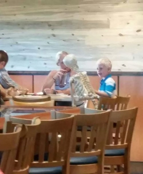 kids,restaurant,parenting,skeleton