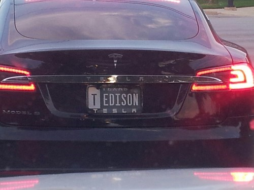 license plates,thomas edison,cars,Nikola Tesla,tesla