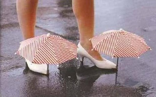 shoes poorly dressed umbrella - 8326135040