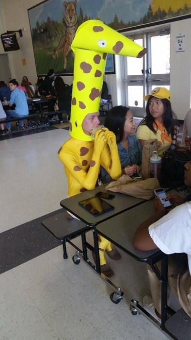 costume giraffes poorly dressed - 8328224256
