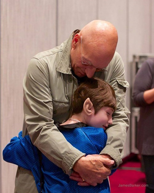 Patrick Stewart Gives This Fan the Surprise of a Lifetime and a Hug That'll Warm Your Heart