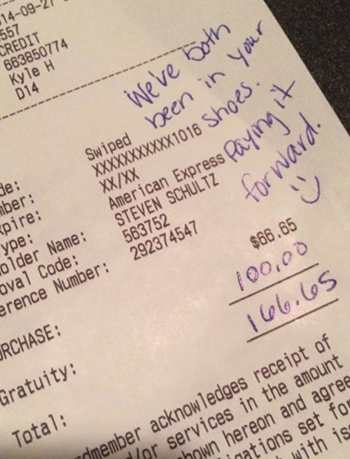 restaurant random act of kindness restoring faith in humanity week tipping g rated win - 8334265088