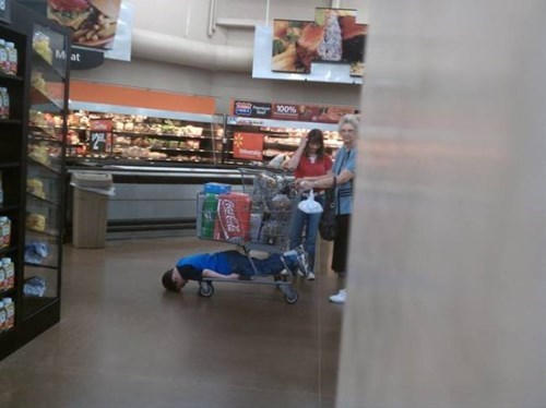 grocery store,grocery shopping,kids,parenting,shopping cart