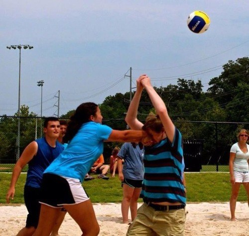 ouch sports volleyball right in the face fail nation g rated - 8336336640