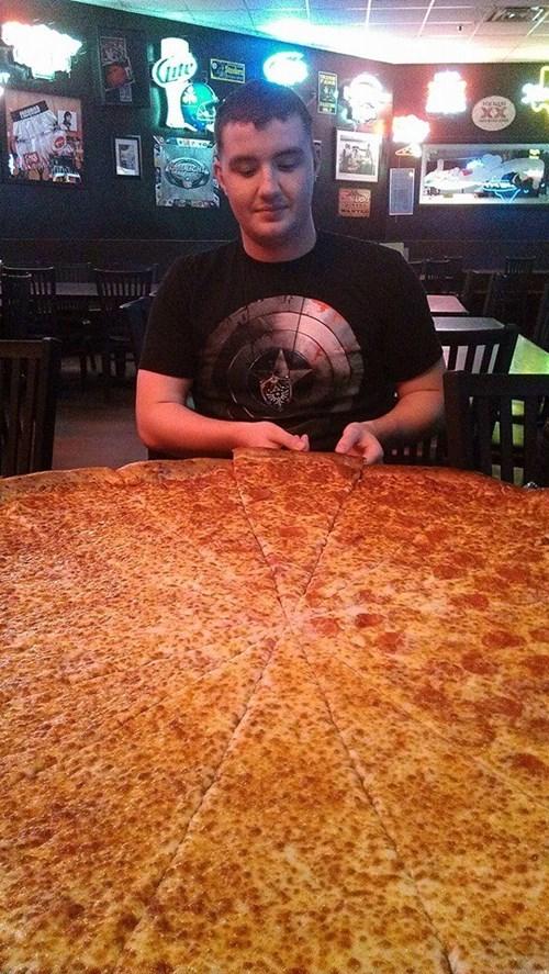 pizza - 8337059584