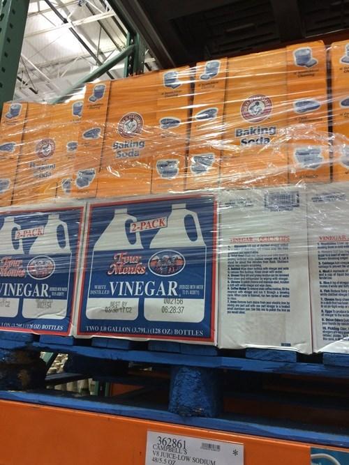 bad idea science fair accident waiting to happen vinegar - 8349082112