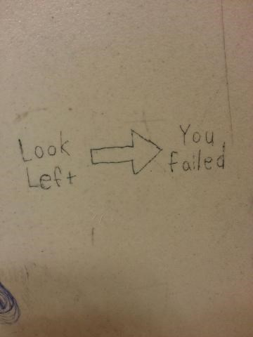 look left graffiti - 8353856256