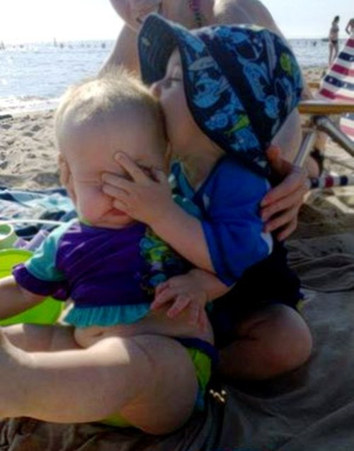 beach kids parenting - 8354112256
