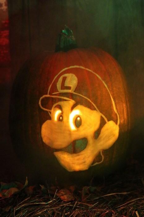 luigi death stare halloween Mario Kart - 8356005376