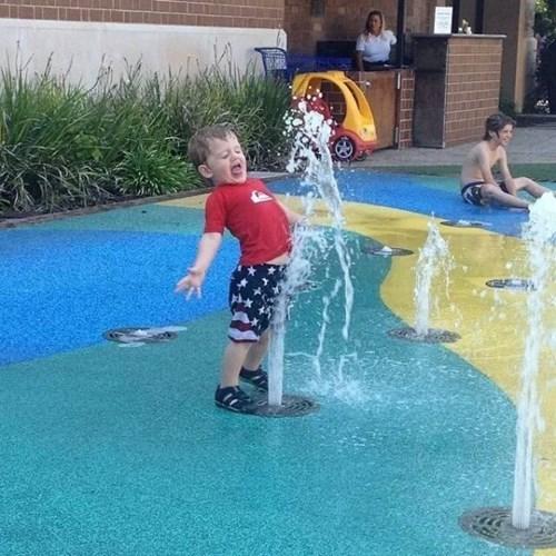 kids parenting fountain - 8356095744