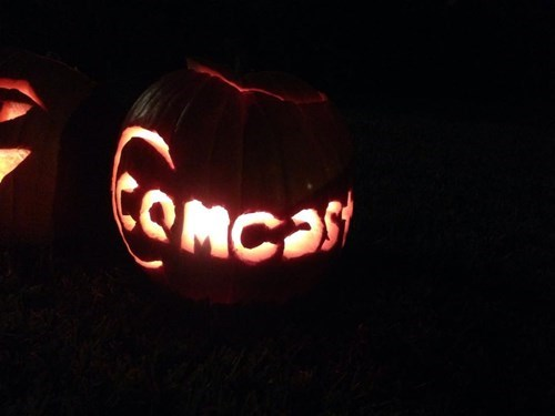 comcast,pumpkins,halloween,pumpkin carving