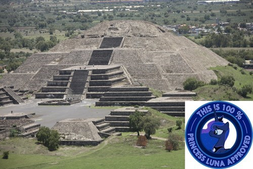 princes luna pyramid - 8367810560