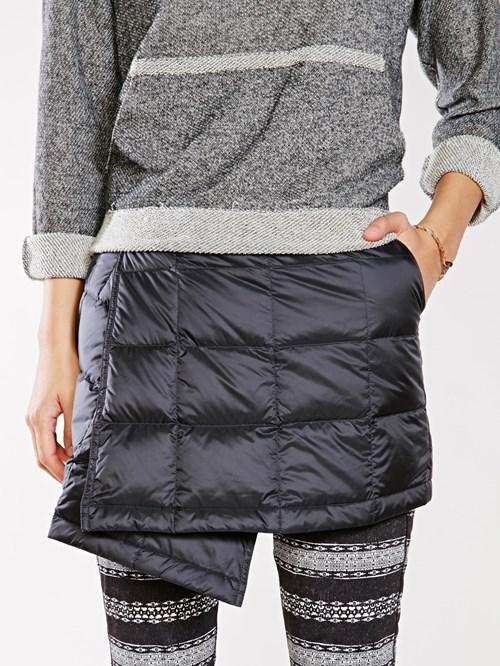 poorly dressed skirt - 8370405632