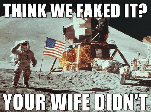 the moon Memes america - 8370915072