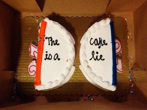 the cake is a lie cakes Portal - 8374664960