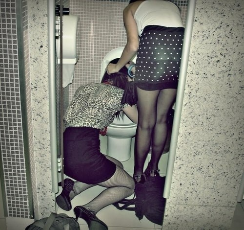 after party cleaning friends funny - 8376955136