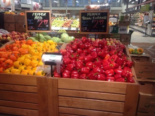 monday thru friday,vegetables,peppers,you had one job,grocery store