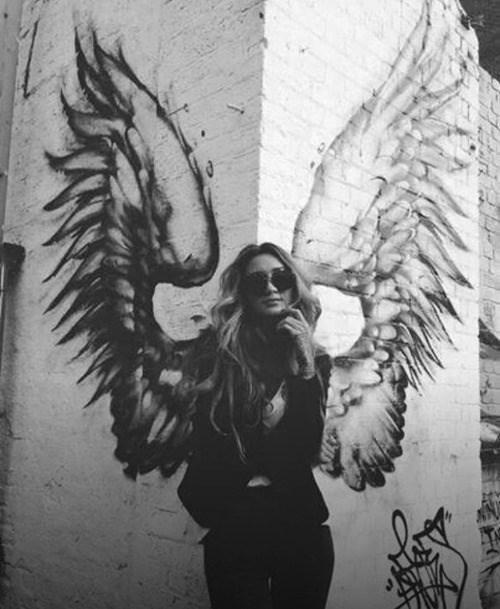 angel Street Art hacked irl - 8378033920
