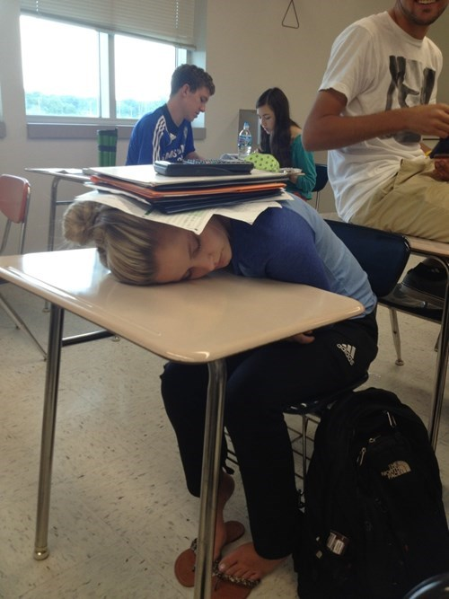 desk classroom sleeping funny - 8380070912
