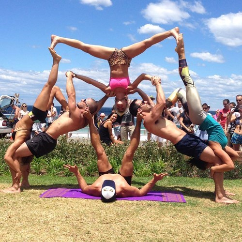 flexible,gymnastics,beach