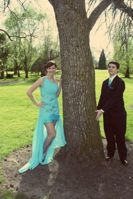 photo op,Awkward,prom