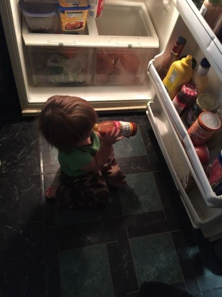 kids hot sauce parenting mistake - 8386833920