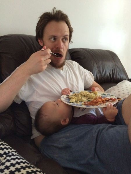 baby,help,parenting,eating