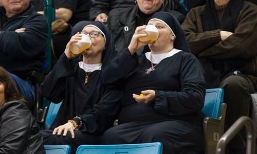 beer drunk funny nun - 8392172288