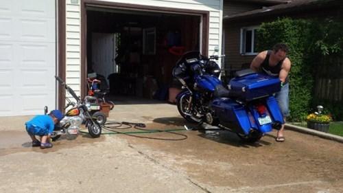 parenting curiosidades motorcycle - 8396843008