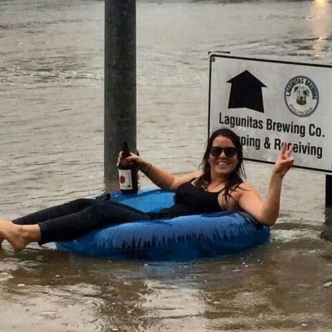 beer floating funny - 8399829504