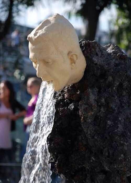 vomit,beer,drunk,statue,funny