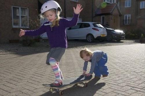 kids,skateboarding,parenting,teamwork