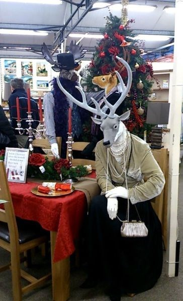 display monday thru friday christmas retail deer - 8403291392