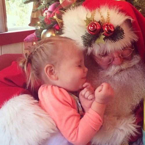 christmas kids parenting santa - 8405127680