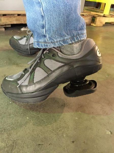 shoes heels poorly dressed sneakers - 8405146880