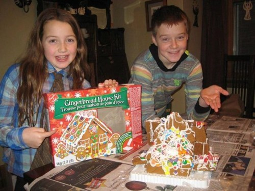 christmas,kids,parenting,gingerbread house