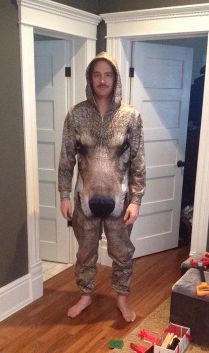 onesie,poorly dressed,wolf,g rated