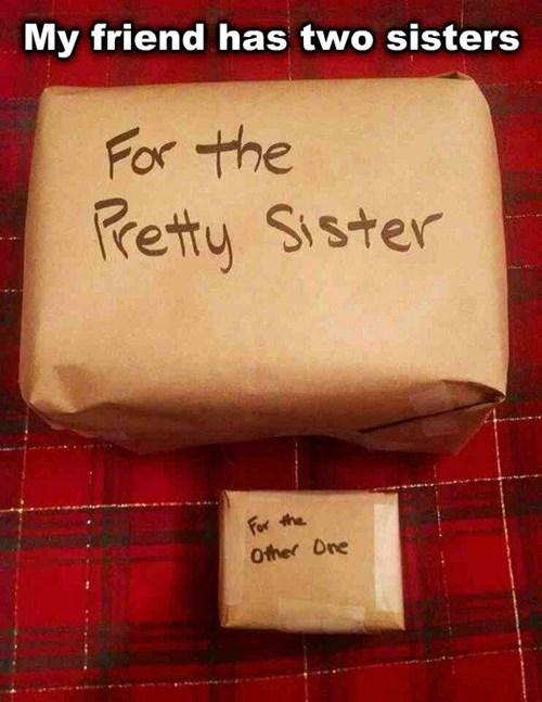 christmas christmas presents - 8413973760